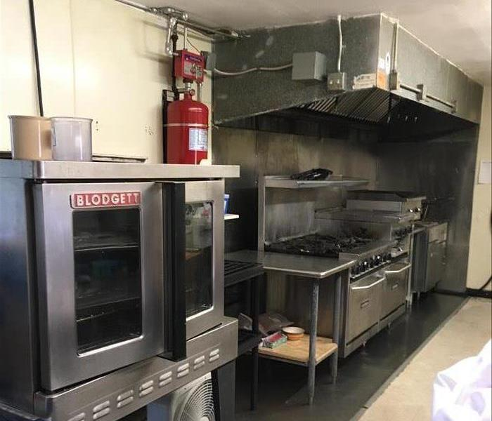 Cleaning Professional Commercial Kitchen Cleaning